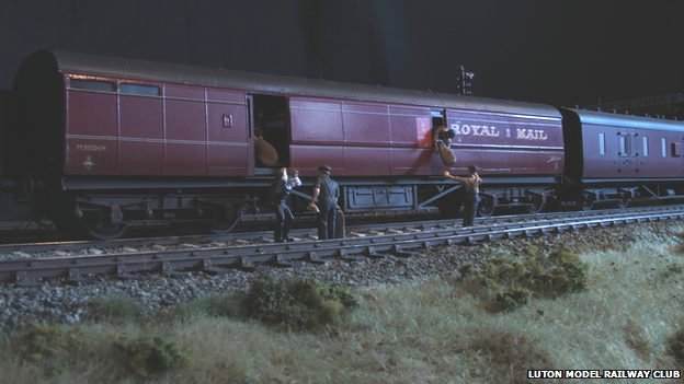 the great train robbery in miniature bagdcontext csm